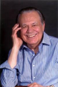 Manuel Muñoz Hidalgo, 80 años de poeta, dramaturgo, biógrafo, ensayista, conferenciante y fecundidad literaria