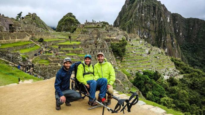 La vuelta al mundo en silla de ruedas