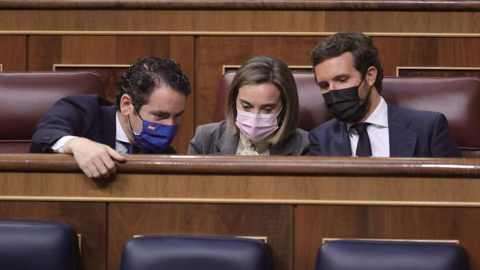 Teodoro García Egea, Cuca Gamarra y Pablo Casado, en el Congreso.EUROPA PRESS/E. Parra. POOL - Europa Press