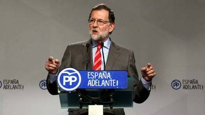 Rajoy acusa a los independentistas catalanes de chantajear a España