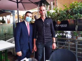 Manuel Quintana con César de la Carrera
