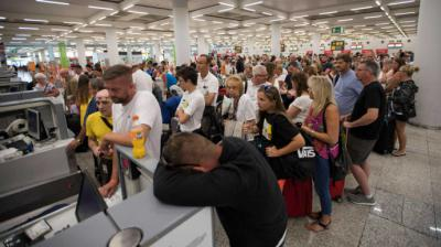 Quiebra de Thomas Cook representa 'duro golpe' para turismo en España