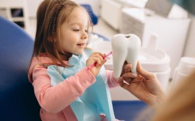 La importancia de que a los niños los trate un buen dentista