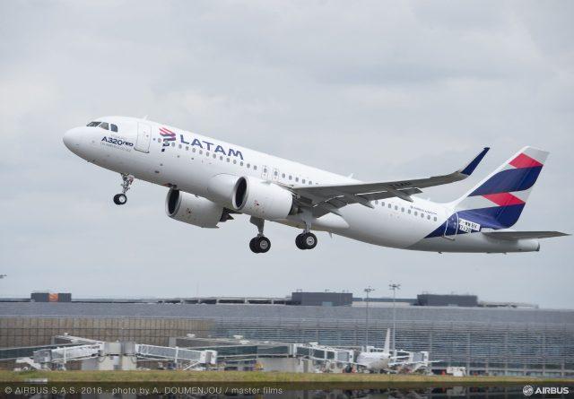 Latam Airlines actualizará 200 de sus A320 para ahorrar combustible