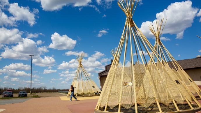 El coronavirus reabre las heridas ancestrales en comunidades nativas de EEUU