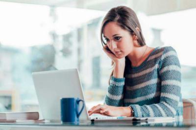Educación a distancia u online ofrece ventajas sobre la presencial