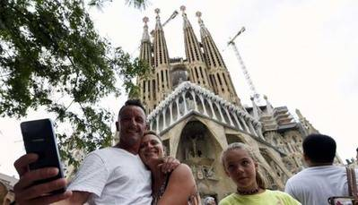 La Sagrada Familia es una de las principales atracciones turísticas de Barcelona.