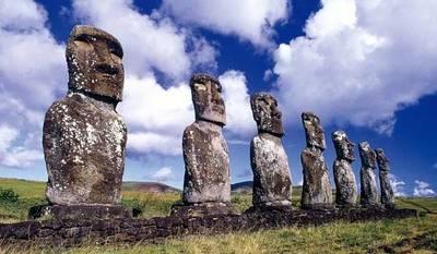 Sernatur abre 150 cupos para conocer Isla de Pascua mediante programa Vacaciones Tercera Edad