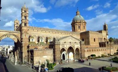 La Catedral de Palermo...