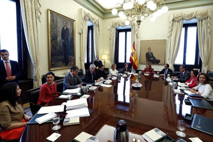 El Congreso, forzado a decidir sobre los presos antes del 26-M