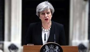 Primera ministra Theresa May en su residencia en Downing Street