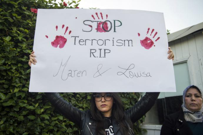 En Imlil (sur del país), donde se hallaron los cuerpos de las dos excursionistas, centenares de personas guardaron un minuto de silencio. Los ciudadanos han pedido que se detengan este tipo de actos terroristas.