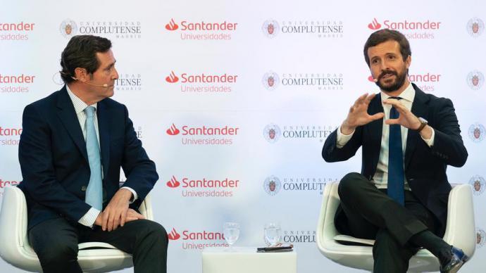 El presidente de la CEOE, Antonio Garamendi, junto al líder del PP, Pablo Casado, este miércoles, en El Escorial (Madrid).PP