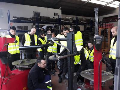 Desguaces DN, junto con el SNE, diseñan el primer curso de formación para Centros Autorizados de Tratamiento de Vehículos fuera de uso de España