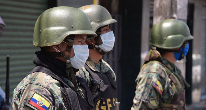 Toque de queda en Ecuador se amplía desde las 2 de la tarde hasta las 5 de la mañana por el coronavirus