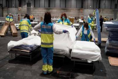 La cifra diaria de muertes con coronavirus baja de las 300 por primera vez en un mes al registrar 288 fallecidos en las últimas 24 horas
