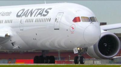 Qantas prevé retomar sus vuelos internacionales en diciembre
