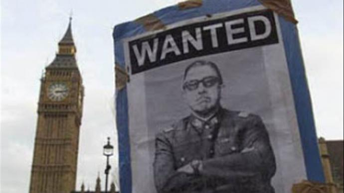 Imagen de archivo del dictador Augusto Pinochet en Londres.