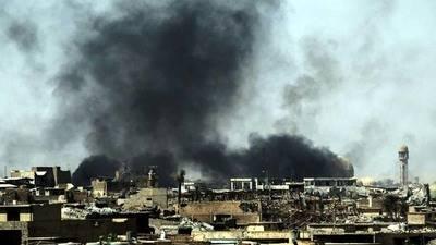En el viejo Mosul el olor a muerte invade las calles