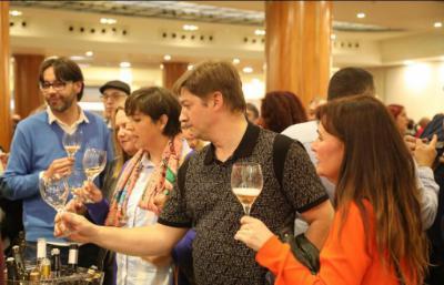 La Feria del Vino convocó a 2.000 personas