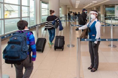 Control sanitario en algún aeropuerto (imagen de referencia)