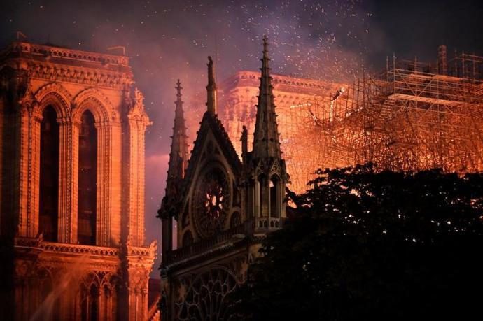 Notre Dame, durante el incendio