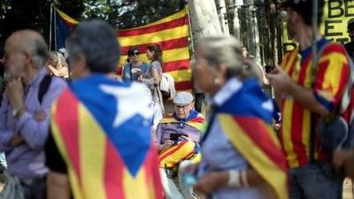 Comisario europeo afirma que respetan el orden Constitucional de España