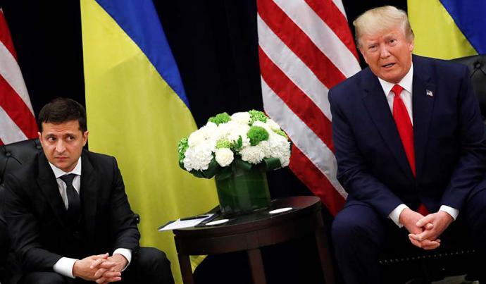 Donald Trump se reunió con el presidente de Ucrania Volodymyr Zelensky.