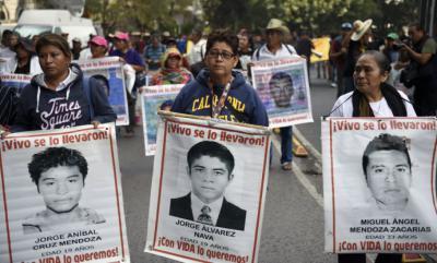 Desde la desaparición de los 43 jóvenes un informe revela que al menos se cometieron 158 irregularidades durante el proceso.