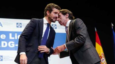 Aznar, ante Casado: 'Hay un cambio de régimen como en la II República para que el centro derecha no pueda gobernar'