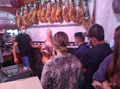 Alumnos de gastronomía de varios países conoce la carne de vaca tudanca autóctona de Cantabria