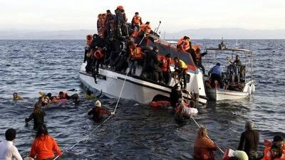 Comisión Europea estudia propuesta de crear centros de refugiados