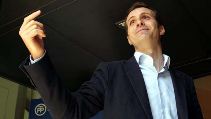 Pablo Casado rechaza ocupar cualquier cargo en el PP si gana Cospedal o Sáenz de Santamaría.