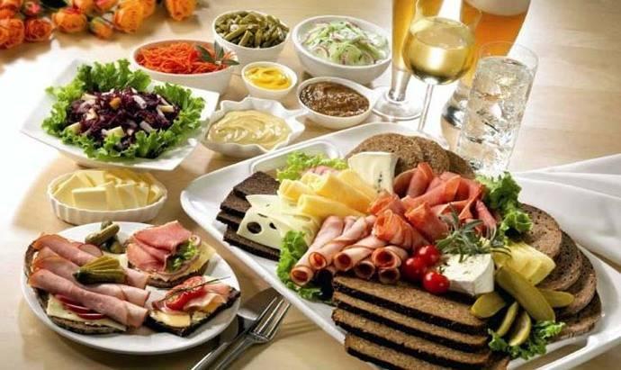 El turismo culinario y las redes sociales: cuando la comida influye en la elección de tu destino