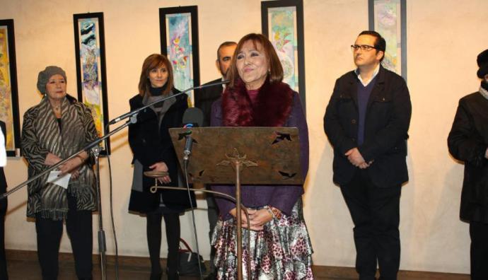 Patricia Larrea durante la inauguración de su exposición en Campo de Criptana