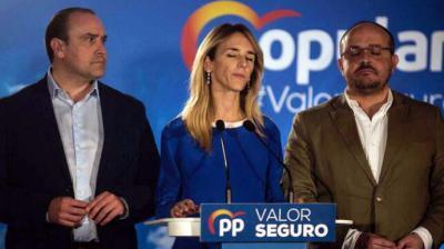 Álvarez de Toledo, en comparecencia ante la prensa tras conocerse los resultados en Catalunya. ROBERT BONET