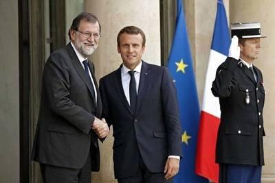 Líderes de África y Europa abordan la crisis migratoria en cumbre en París