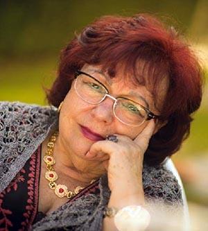 Isabel Díez Serrano. Presentación de dos libros de poemas en San Lorenzo de El Escorial