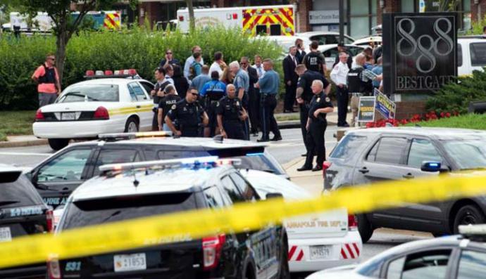 Las autoridades detallaron que el presunto autor del tiroteo en The Capital Gazette había amenazado al periódico a través de las redes sociales.