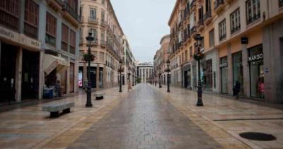 Una calle desierta por la cuarentena, en alguna ciudad de Europa