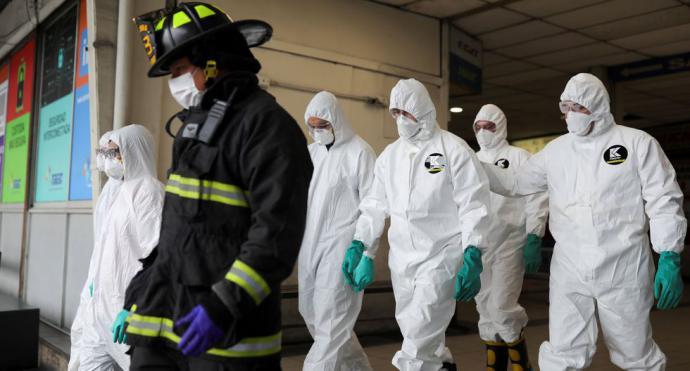 Chile confirma casi 2.000 casos de coronavirus y el número de muertos sube a seis