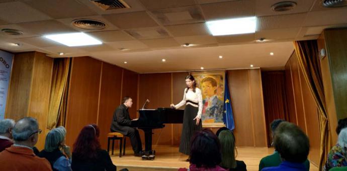 Carolina Andrada y Manuel Valencia, concierto en el Salón Príncipe de Asturias del Centro Asturiano en Madrid