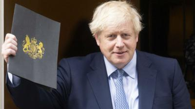Nace hijo de premier Boris Johnson en pleno confinamiento