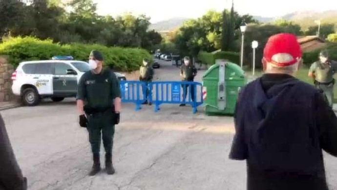 Pablo Iglesias se querella por seis delitos contra el 'instigador' del acoso en torno a su vivienda familiar desde hace dos meses