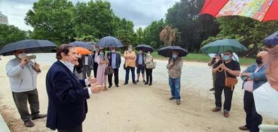 Hamdi Mahmoud Zaki, ex Consejero de Turismo Egipcio de Debod en Madrid, ofreció una rueda de prensa en el templo egipcio de  Madrid (foto: Alexandra Alvarado)