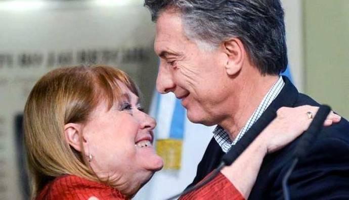 Argentina: Renuncia la canciller Susana Malcorra para venirse a vivir a España