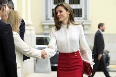 La reina Letizia preside el acto del décimo aniversario de la Fundación Microfinanzas BBVA
