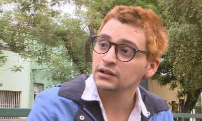 Josué Maureira, denunció haber sido apaleado hasta quedar inconsciente, violado con una porra y amenazado de muerte y encarcelado por supuestas agresiones a los carabineros