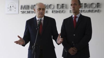 El ministro del Interior Jorge Fernández Díaz y el secretario de Estado de Seguridad Francisco Martínez en una imagen de 2016