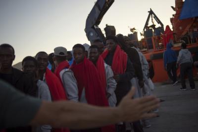 ONU alerta situación crítica en centros de recepción para migrantes en Grecia